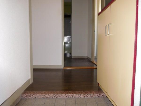 A&Tビル303号室24