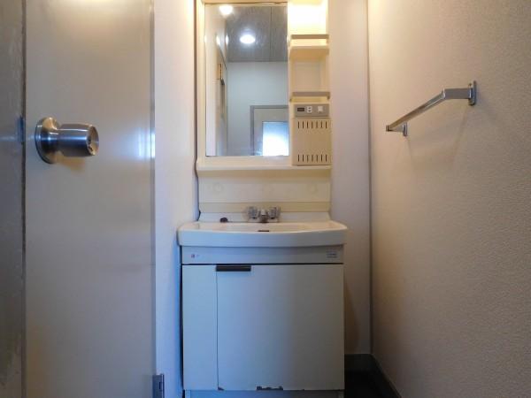 A&Tビル403号室4