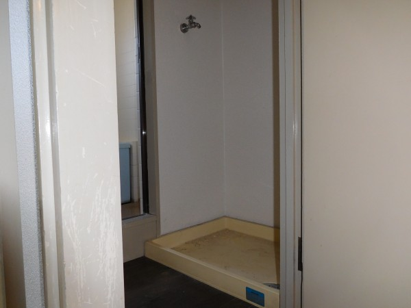 A&Tビル303号室23