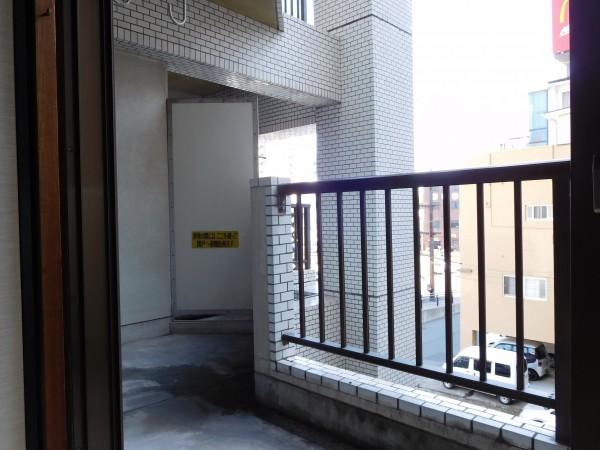 A&Tビル303号室2