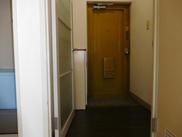 A&Tビル701号室3