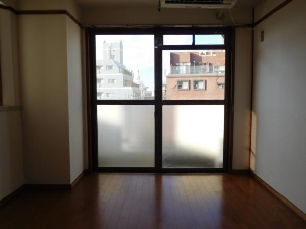 A&Tビル701号室17