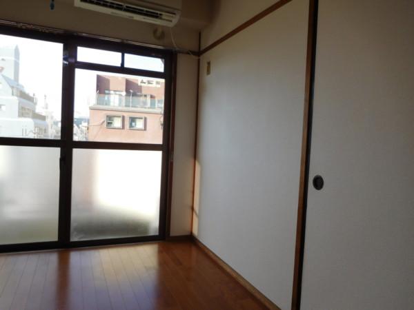 A&Tビル701号室18