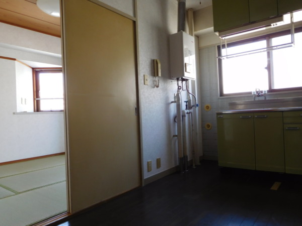 A&Tビル401号室4
