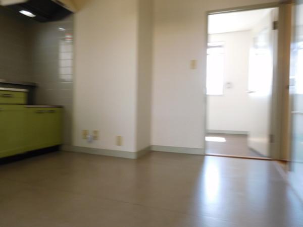 A&Tビル403号室9